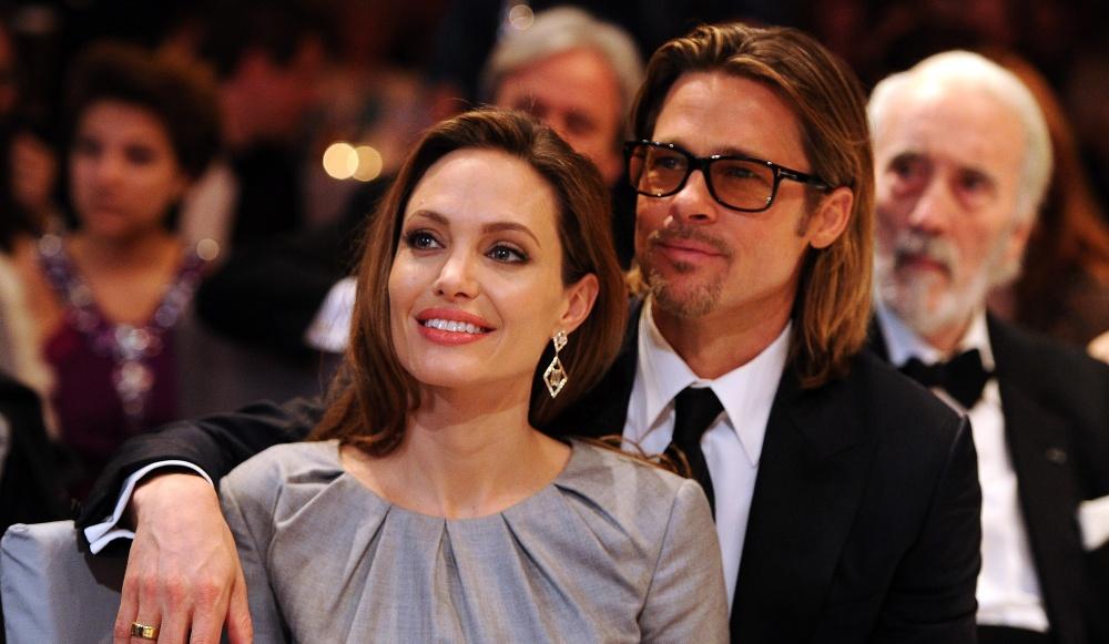 Angelina-Jolie-a-preface-le-livre-de-son-ex