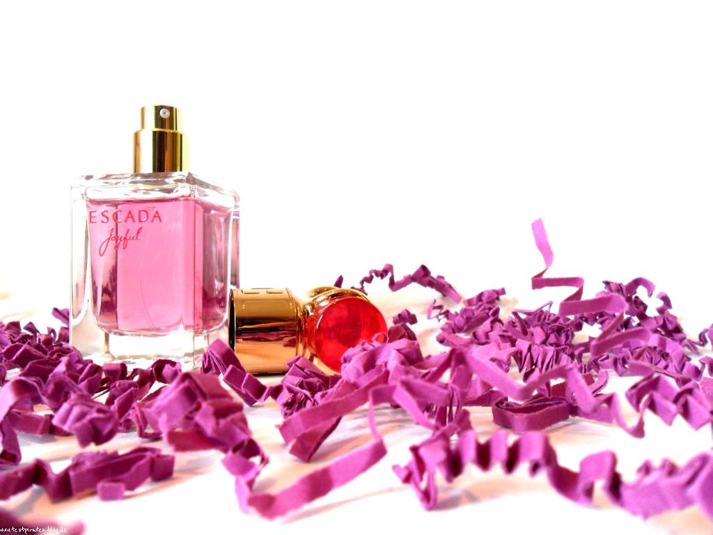 Parfum-Escada-Joyful-8