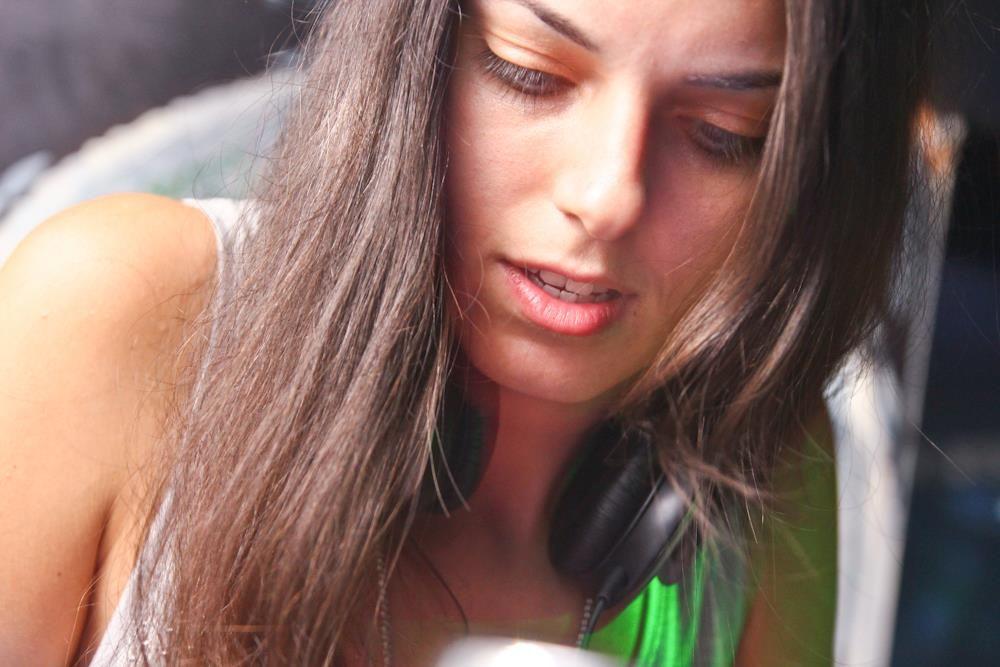 Сръбската топ DJ Kristina Lalic пристига в София в Temá Music Club