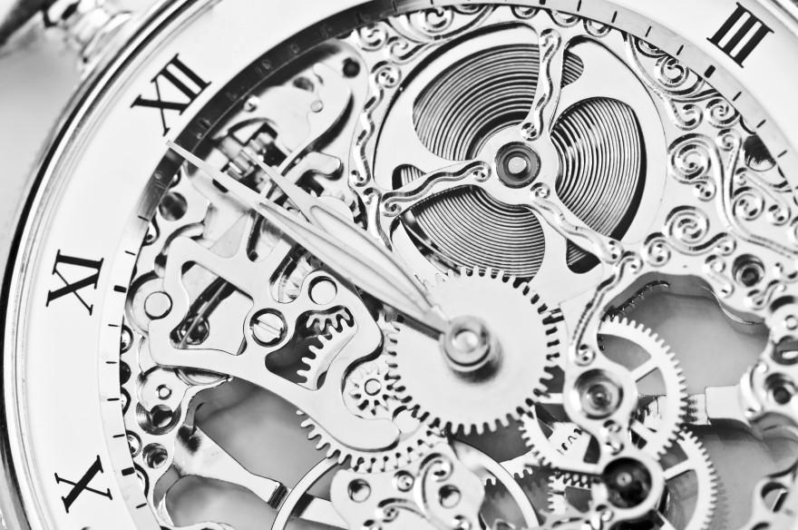 Close-Up-of-watch-mechanism