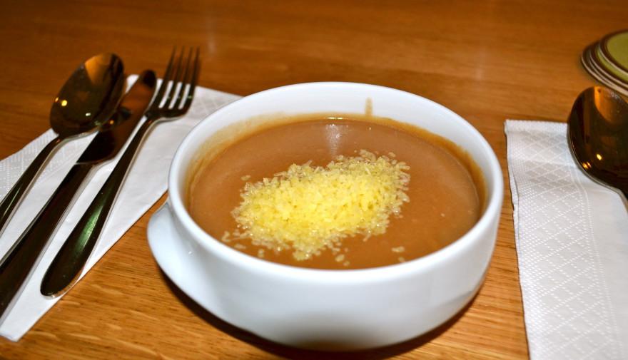 Базелска супа с брашно