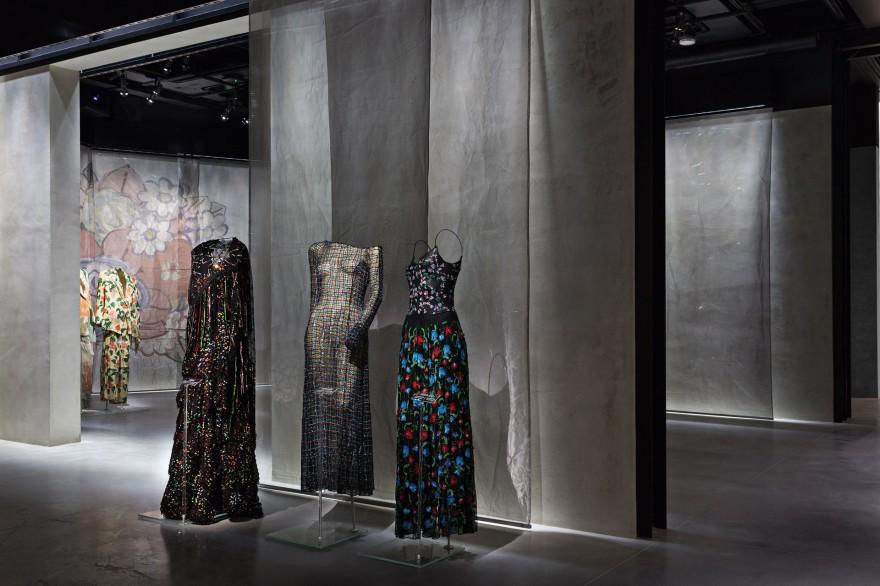 Армани отбеляза 40 години кариера с изложба