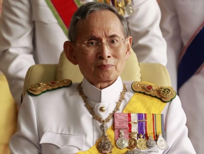 king-bhumibol-adulyadej-of-thailand-9-690x522