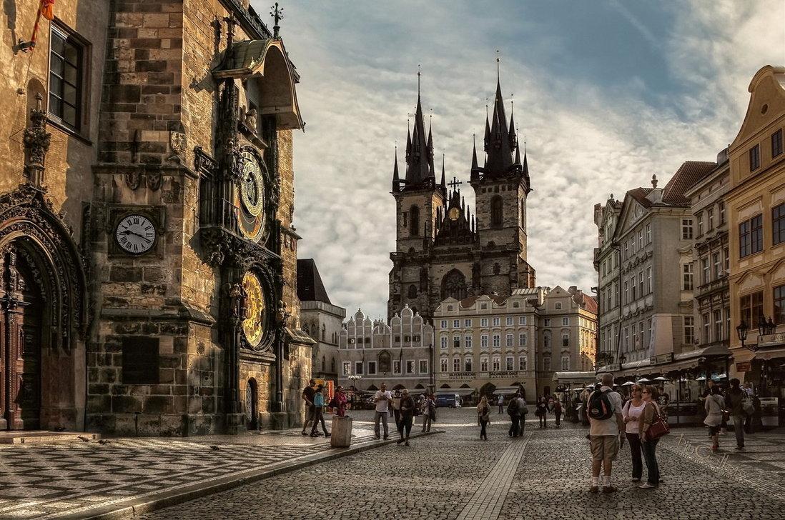 За везните няма по-подходящо място от Староместският площад в Прага.