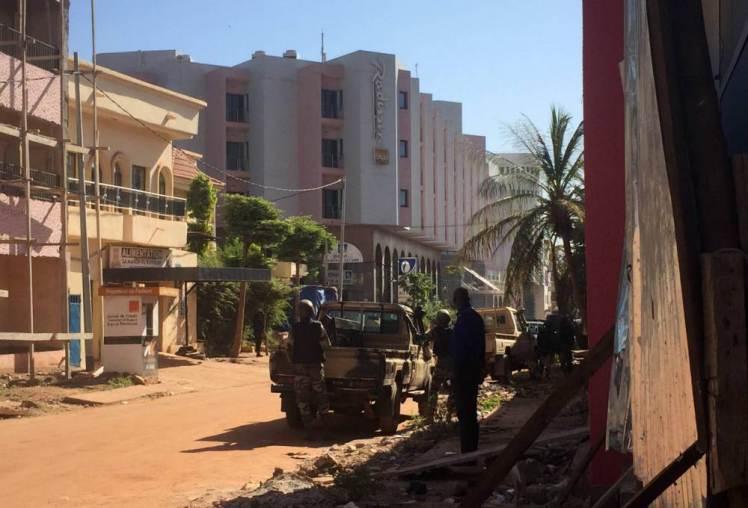 Нови атентати - заложници и убити в Мали