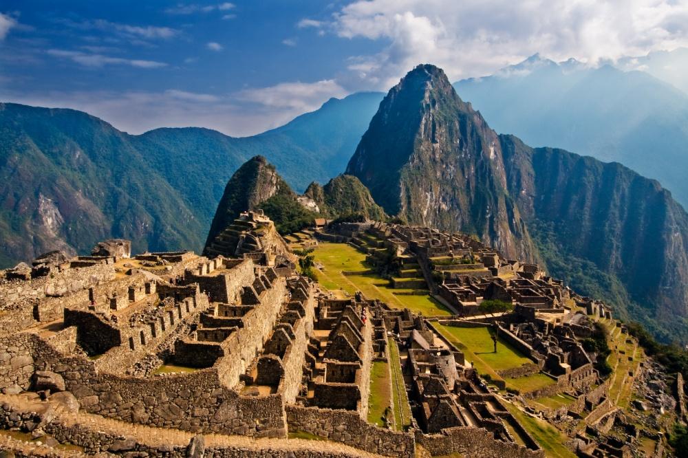 336910-R3L8T8D-1000-Ascend-Machu-Picchu-Peru