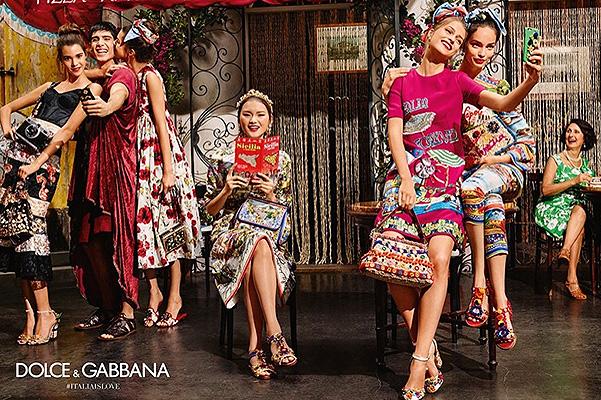 Селфита, паста и монахини в новата рекламна кампания на Dolce & Gabbana