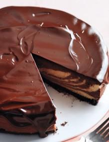 chocolate-peanut-butter-cheesecake-md109647_horiz