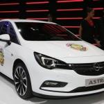 Opel-Vauxhall-Astra-2016-European-COTY