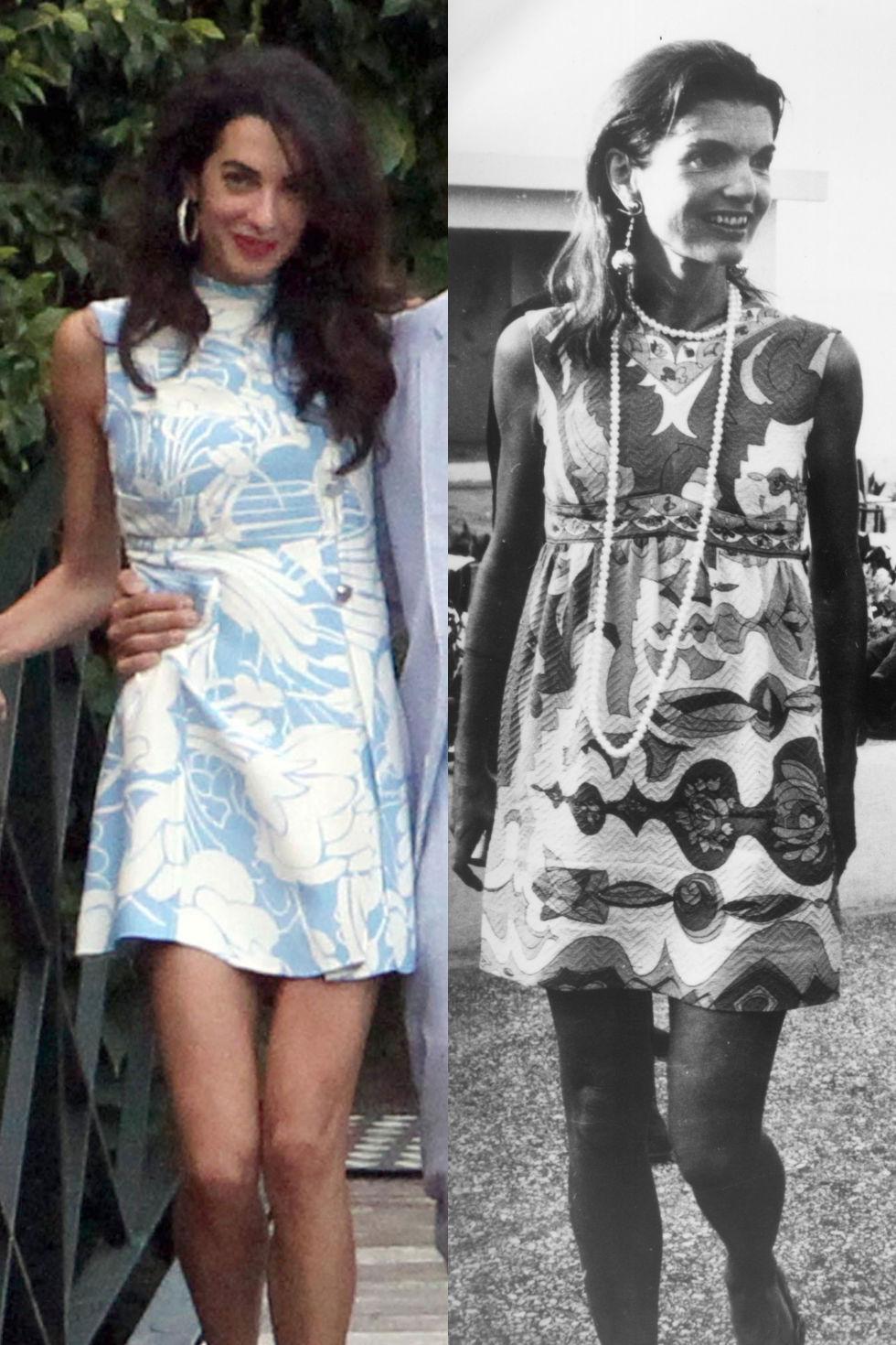 Мини роклята с тропически мотиви