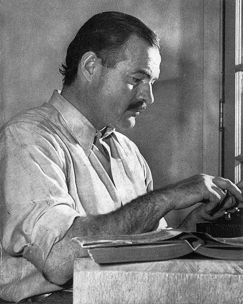 Хемингуей пише романа си За кого бие камбаната