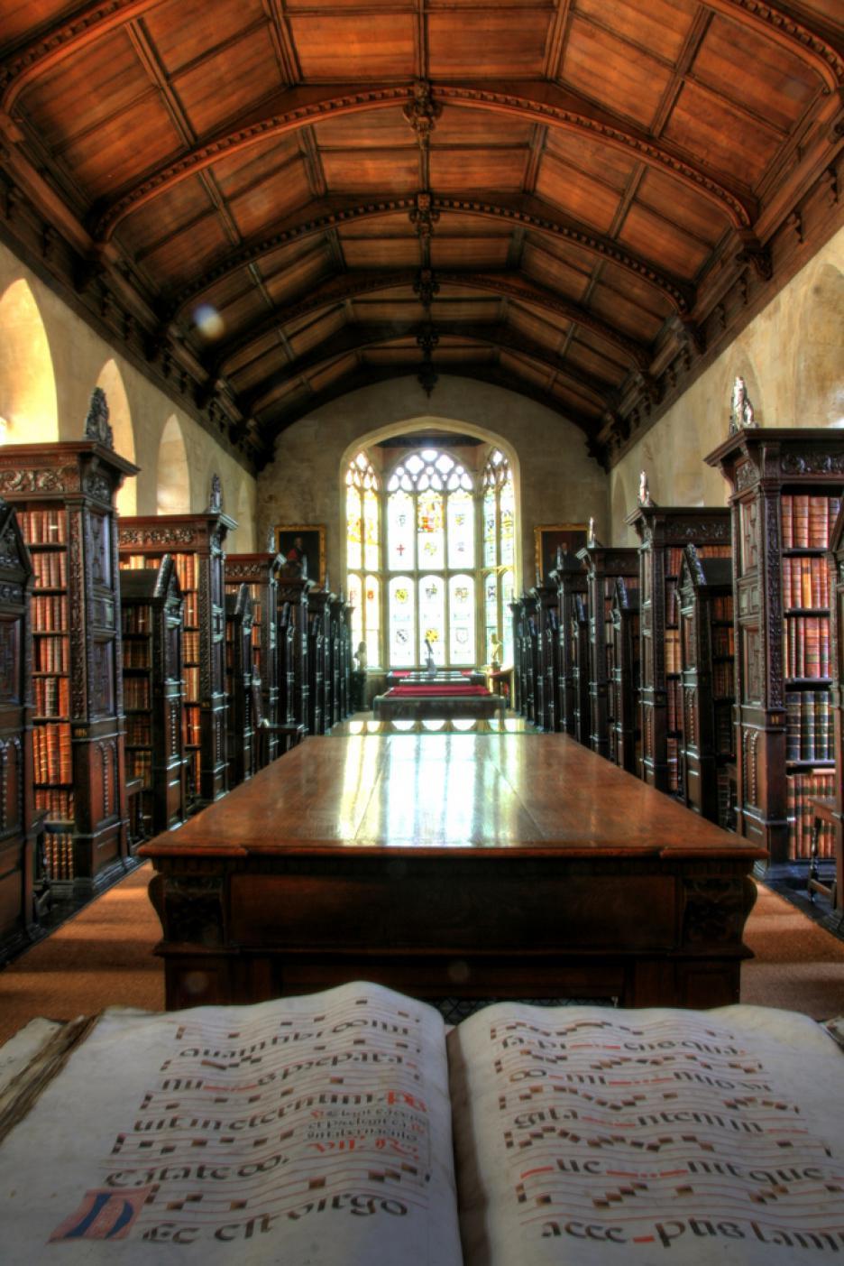 Библиотеката свети Джон, Кеймбридж, Великобритания