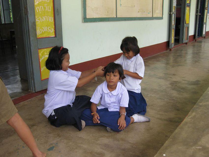 http---mashable.com-wp-content-gallery-school-uniforms-from-around-the-world-school-uniform-1