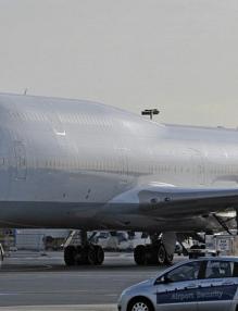 самолет jet-747-1