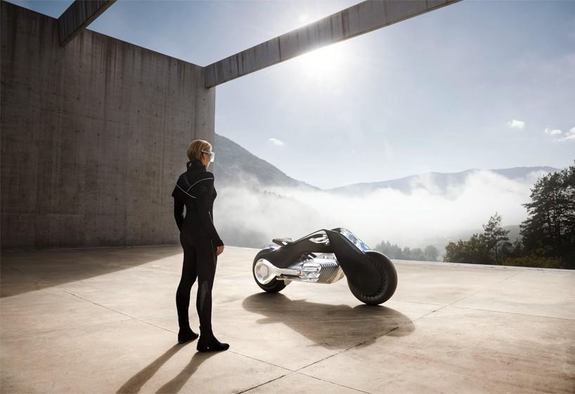 BMW-VISION-NEXT-100-motorcycle-interview-designboom07-818x561