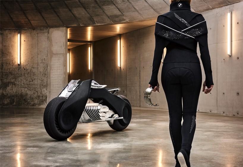BMW-VISION-NEXT-100-motorcycle-interview-designboom08-818x561