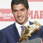 Luis Suarez wins Golden Boot award