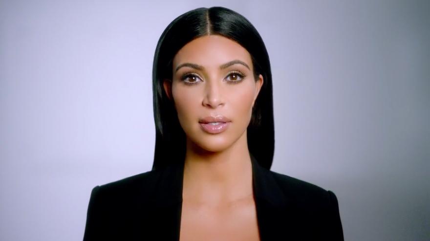kim-kardashian-t-mobile-hed-2015