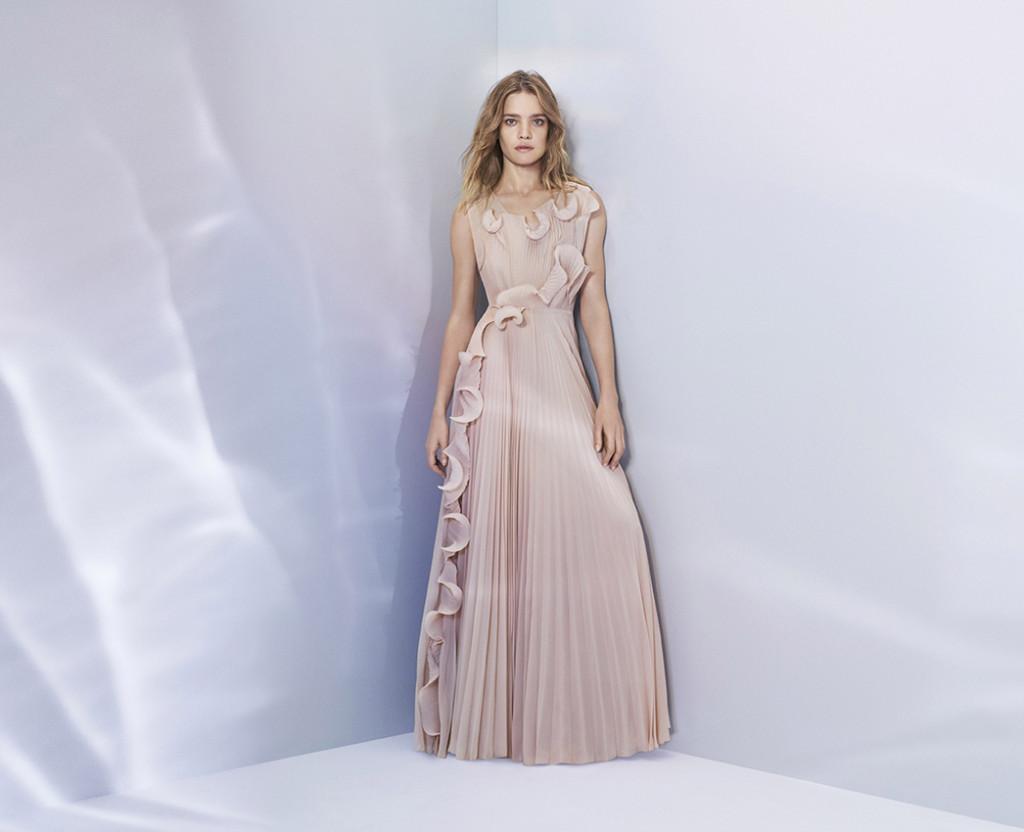 HM_Conscious_Exclusive_2017_Campaign_Natalia_Vodianova