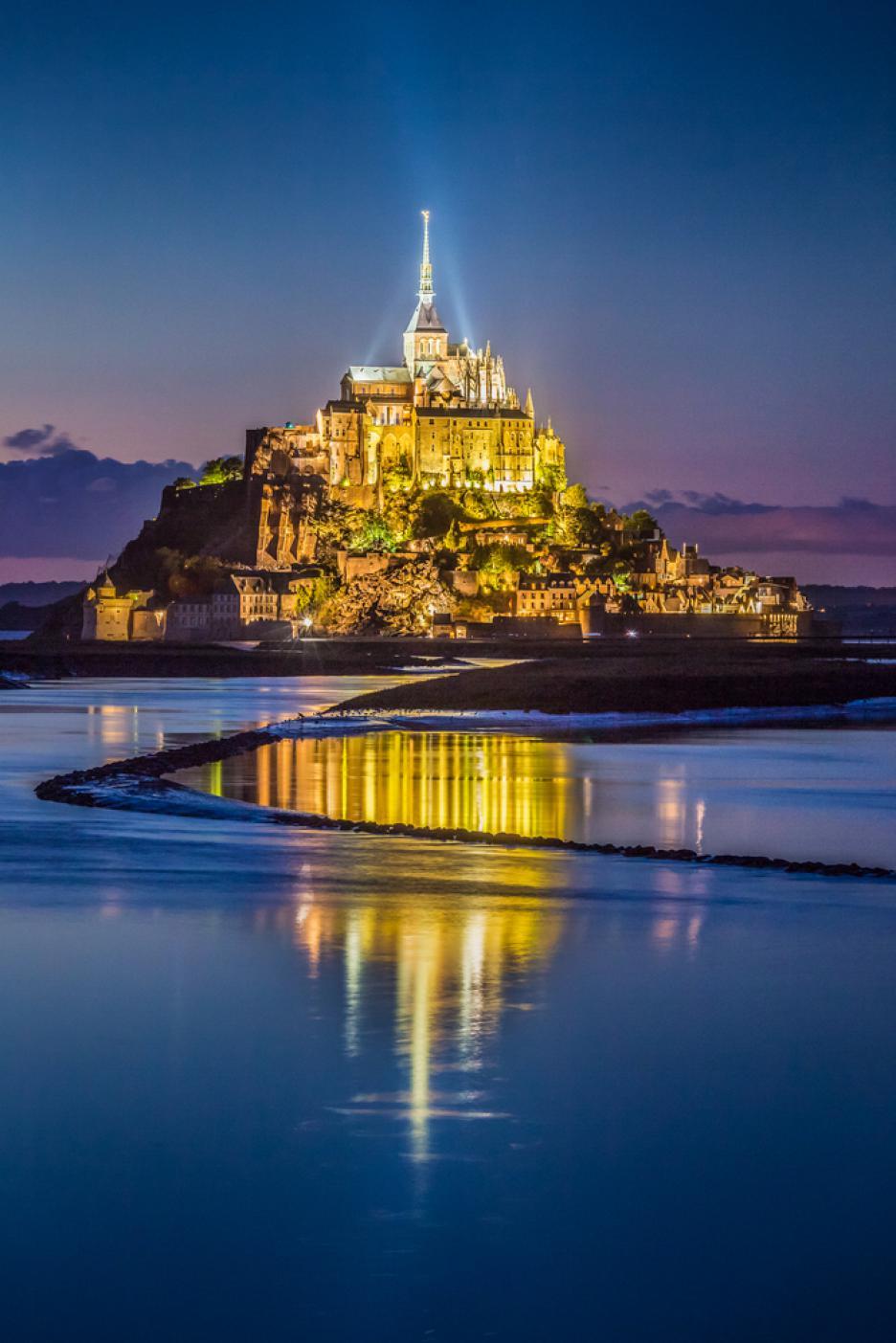 Мон Сен Мишел - мистичното абатство на Нормандия