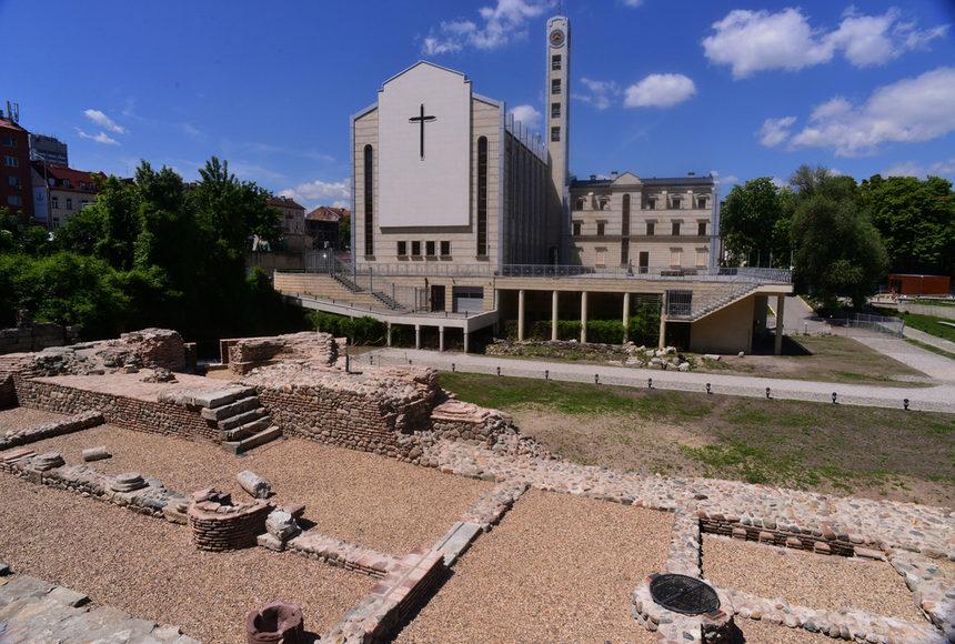 "Археологически комплекс ""Западна порта на Сердика""/снимка: Дневник"