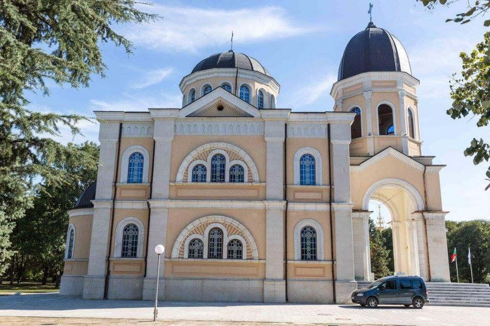 """Възстановеният храм """"Всех Святих"""" в Русе"""