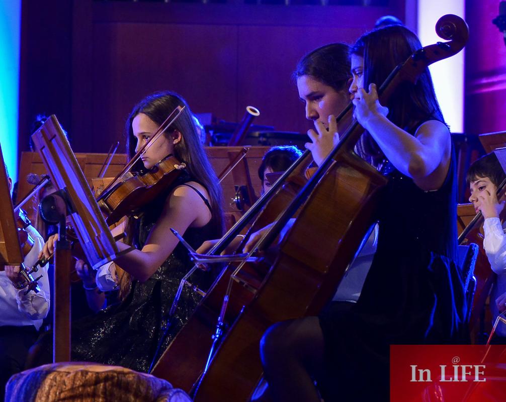 Бон-Бон и децата от Музикално училище Любомир Пипков