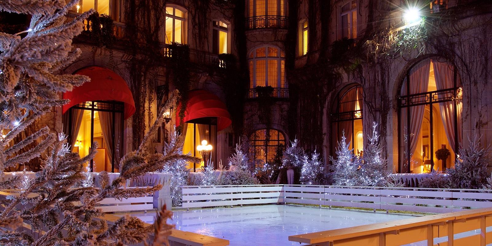Ледената пързалка на хотел Плаца Атене, Париж