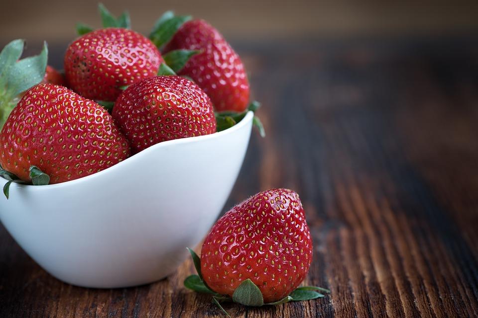 strawberries-1330459_960_720