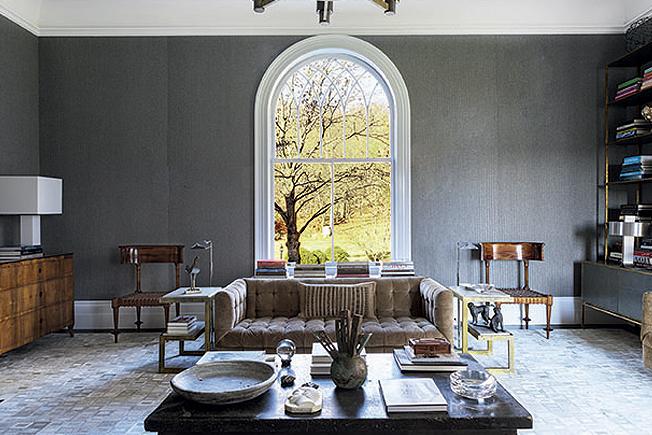 Къщата на Майкъл Бруно, създател на сайта 1stdibs: прозорец под формата на арка