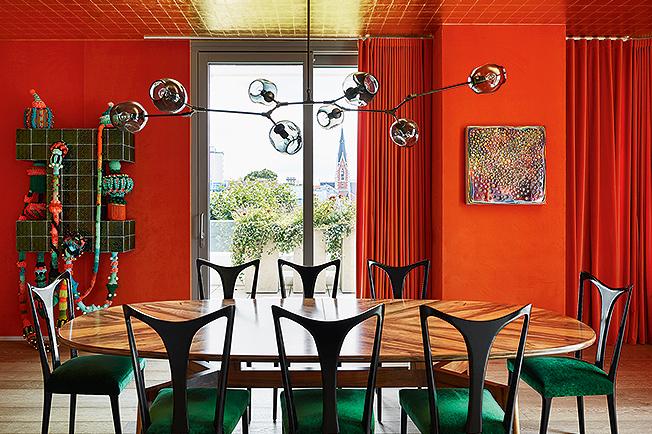 """Дидие Бендерли: Столова в цвят """"помпейско червено"""""""