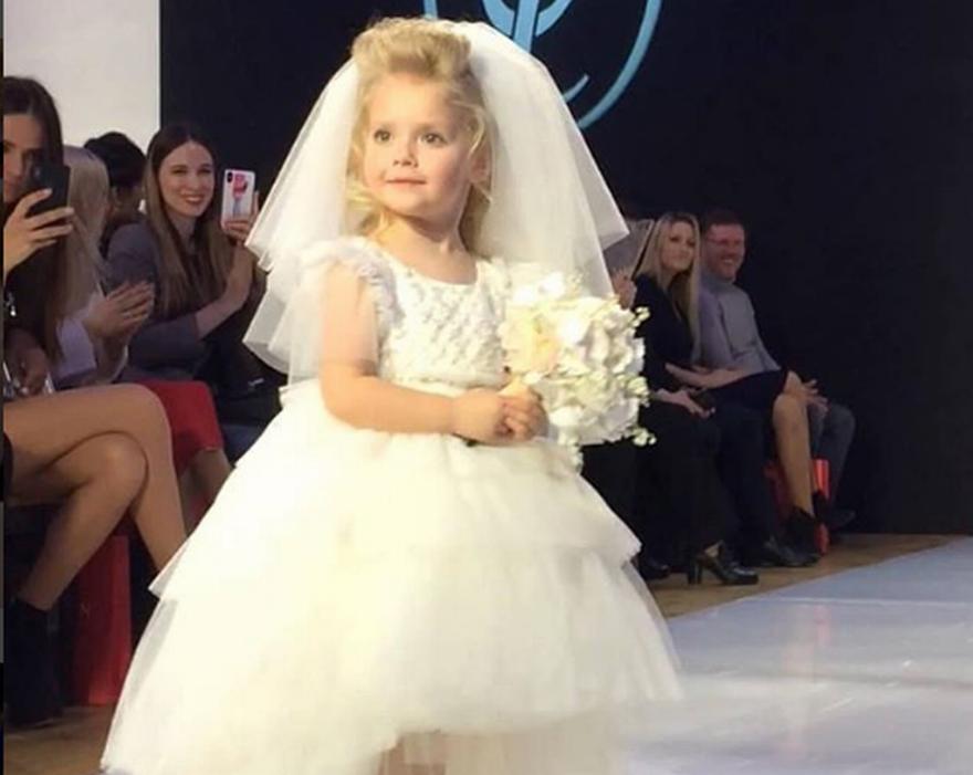 Малката Лиза дебютира на модния подиум през март тази година Снимка: instagram.com/maxgalkinru