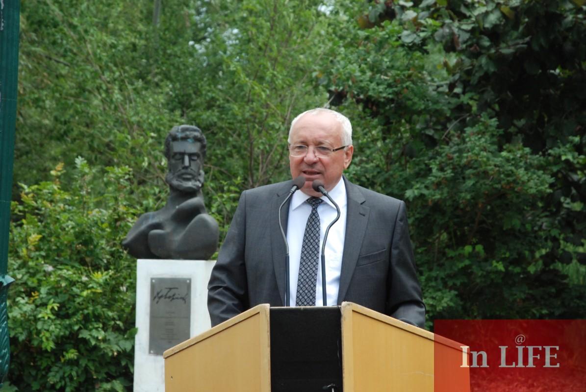 Кметът на Голс отправя приветствие към българите за Ботевия празник