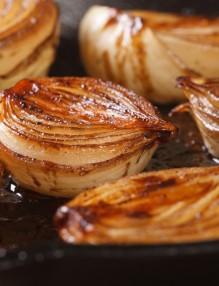 caramelized-onion-halvesjpg