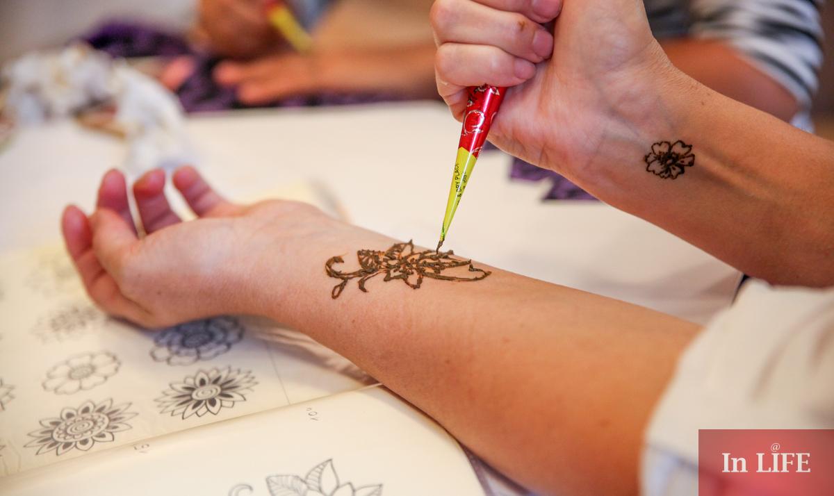 Рисуване с къна