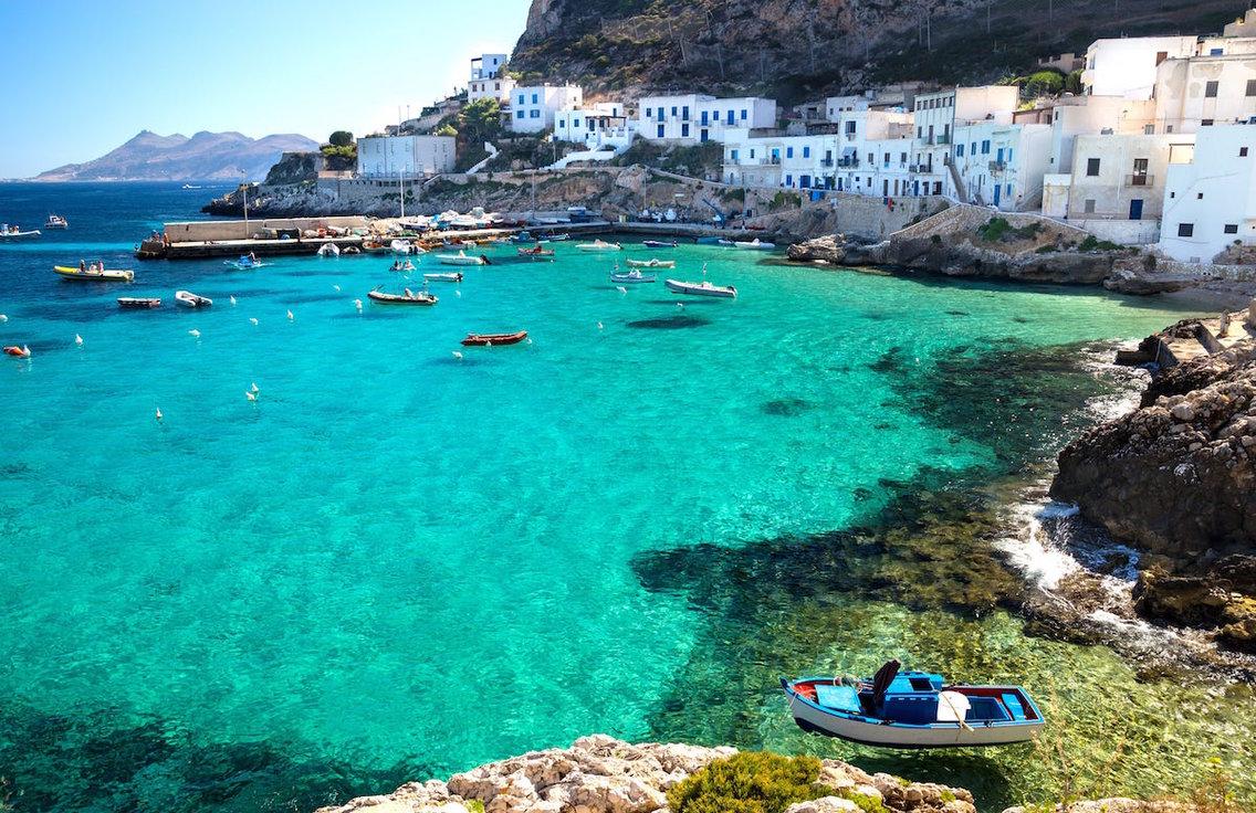 Остров Егади, Италия