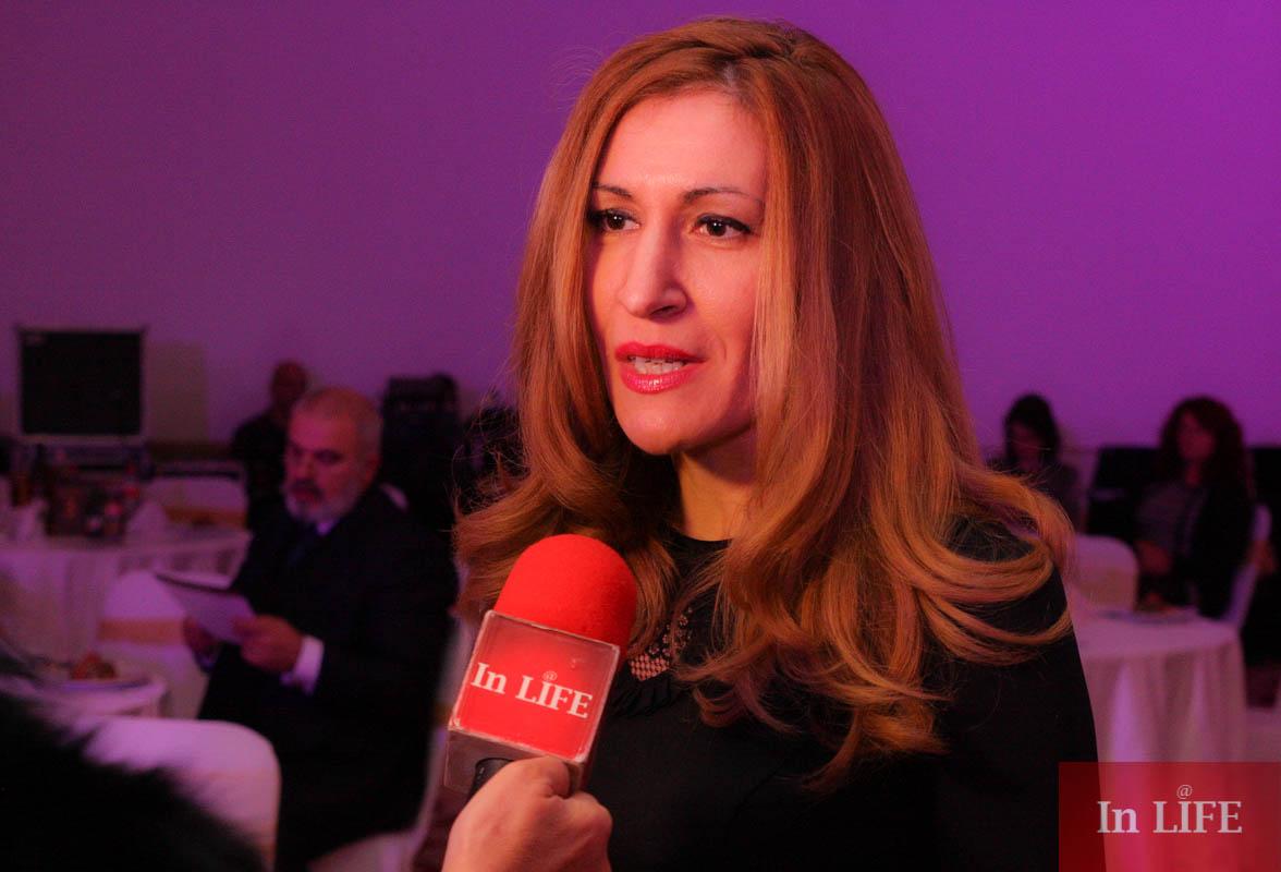 Министър Ангелкова на Благотворителния бал на Ансамбъл Българе