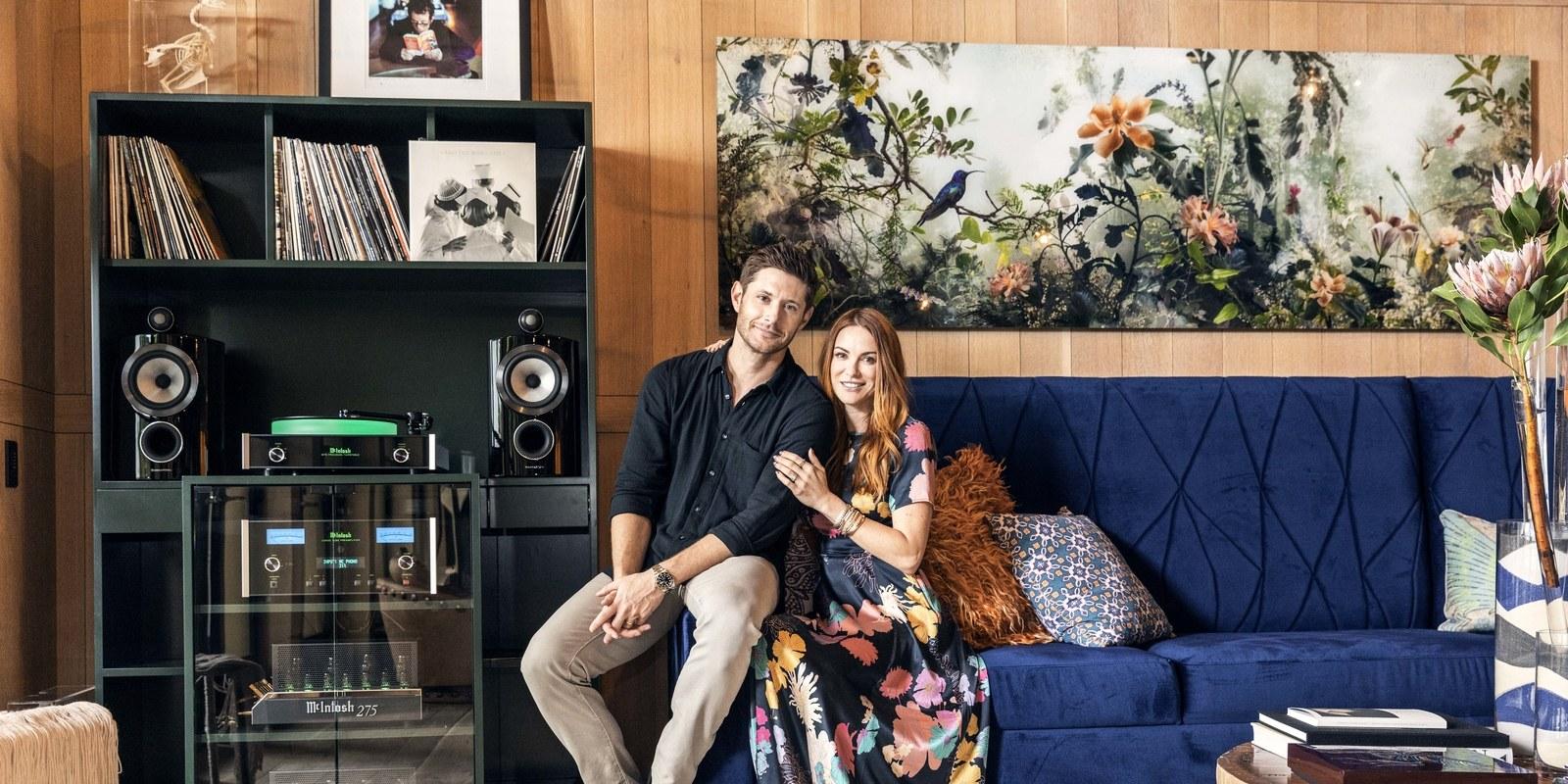 Дженсън със съпругата си Данийл Харис/снимка: Architectural Digest