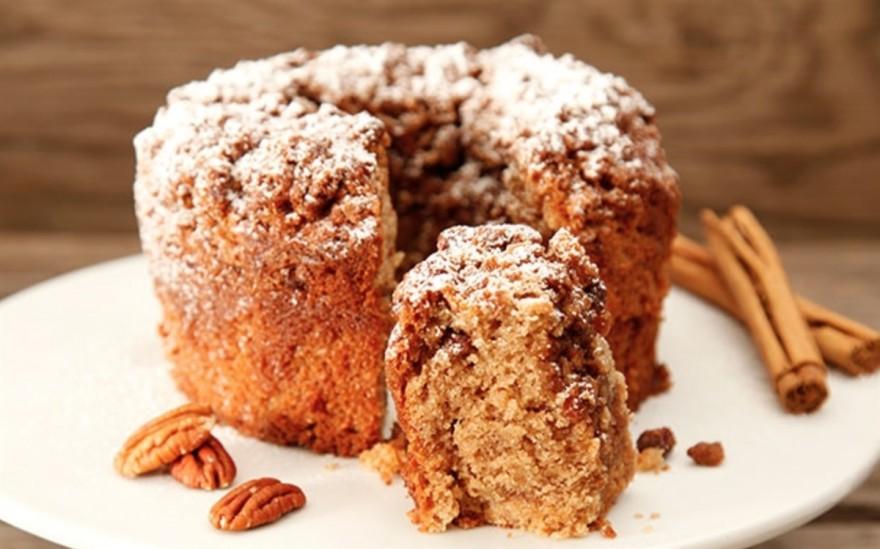 cinnamon-pecan-cake-2
