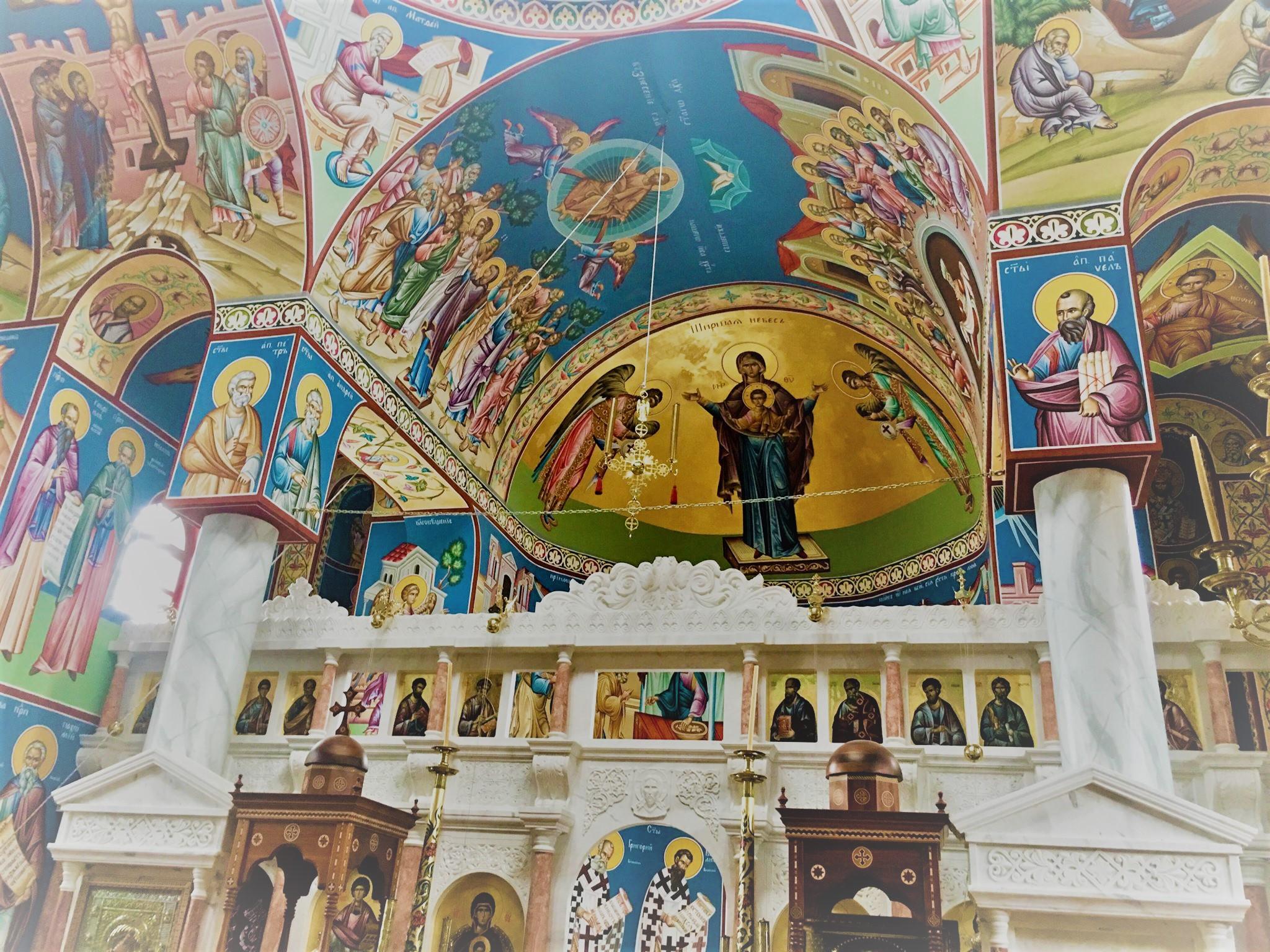 Новоизграденият манастир Св.Пантелеймон в с.Смиров дол, община Земен
