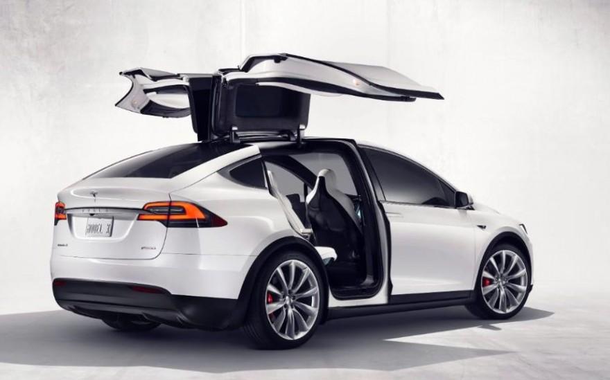 Tesla-_Model-X-xlarge_trans-fpvSC7BqNnJWN23iofxb3-N6q_fd7OqvRI3e7BcHZf0