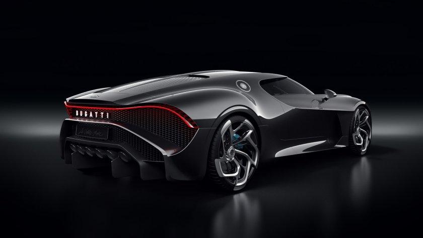 Новата кола на Роналдо - La Voiture Noire на Bugatti
