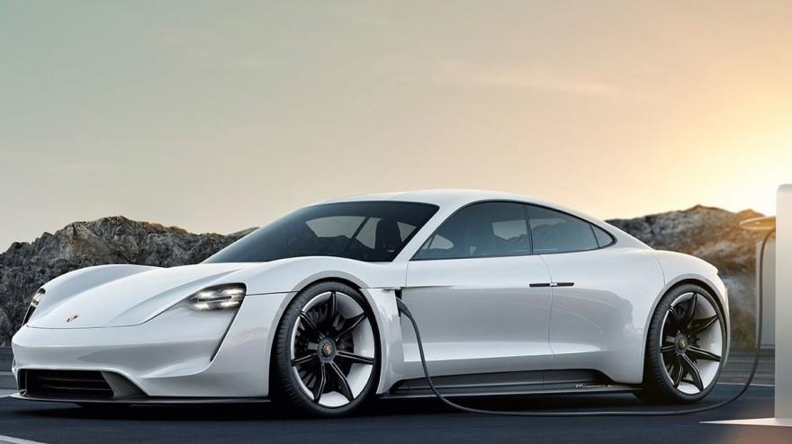 porsche taycan - първият електромобил на Porsche