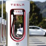 Tesla зарядна станция