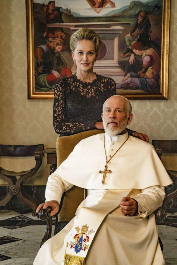 Шарън Стоун и Джон Малкович в епизодите на Новият папа