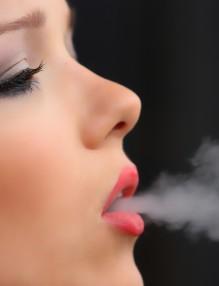 girl-smoke-cigarette-2198839_1280