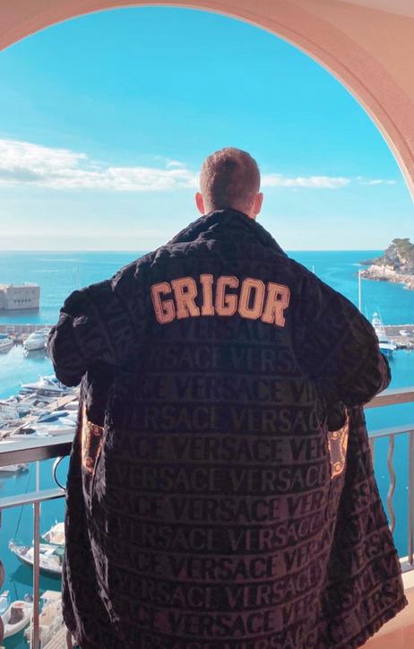 Григор Димитров с подарък от Версаче - Versace