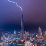 Мълния удари Бурж Халифа - Burj Khalifa