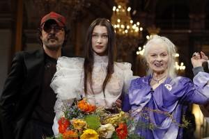 Vivienne Westwood : Runway - Paris Fashion Week Womenswear Fall/Winter 2020/2021