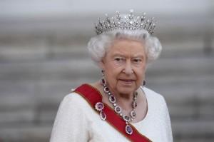 150903-queen-elizabeth-jpo-712a_80834894bceed6fc1635f6a6ac96ab46.nbcnews-ux-2880-1000-880x585